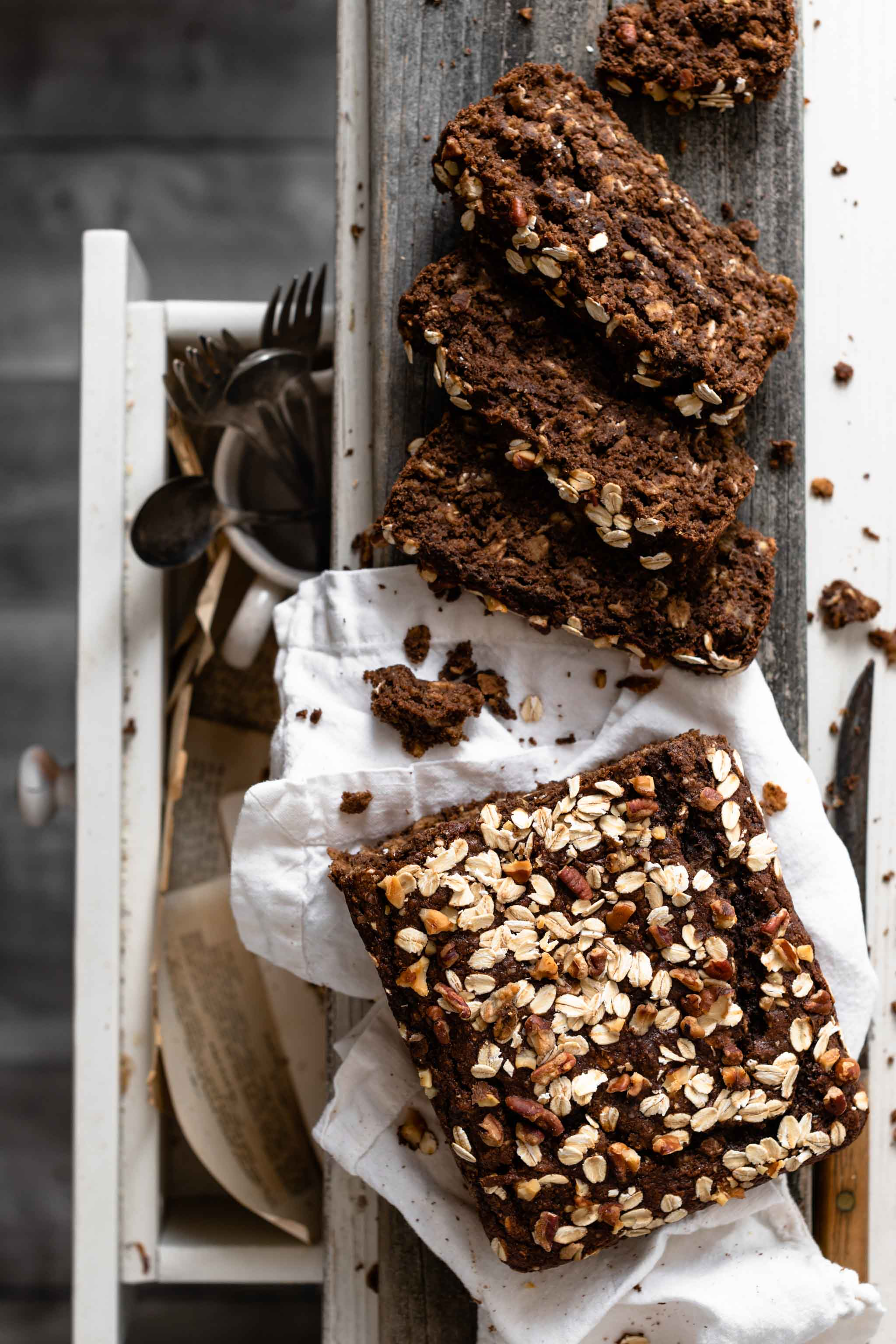 Recipe for Chocolate Banana Oat Bread.