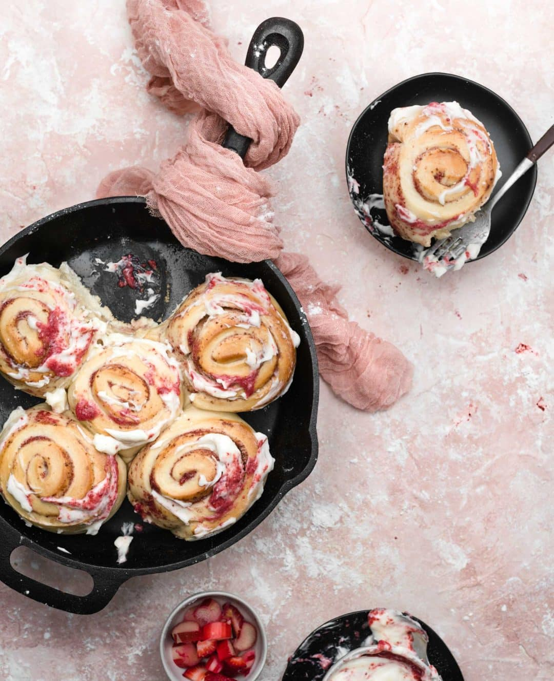 rhubarb rolls with frosting