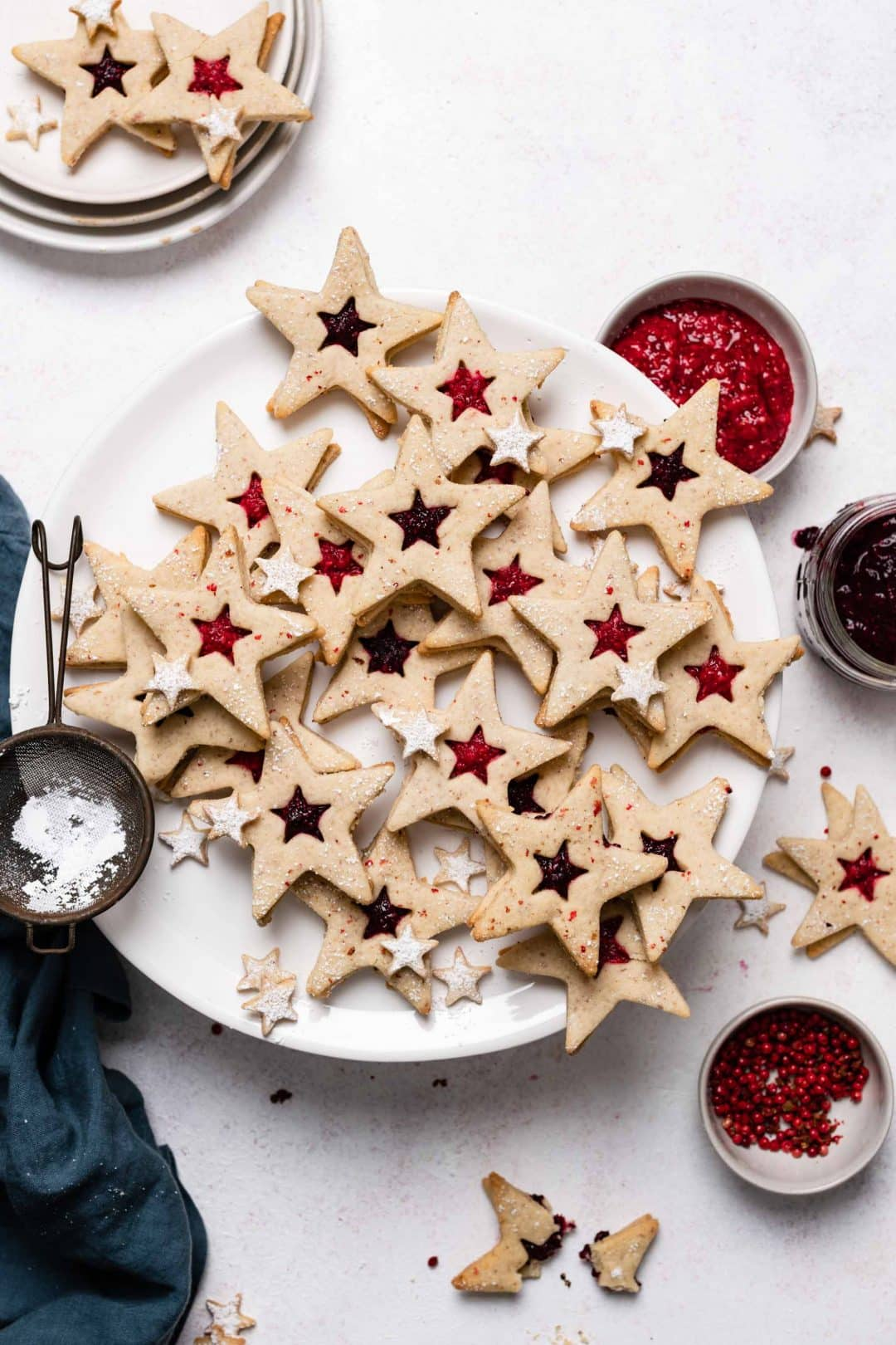 Star Cookie Recipe with fruit preserves and pink peppercorns