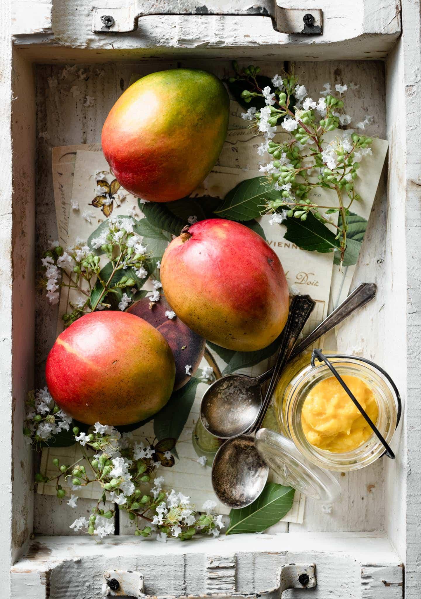 How to make homemade mango curd.