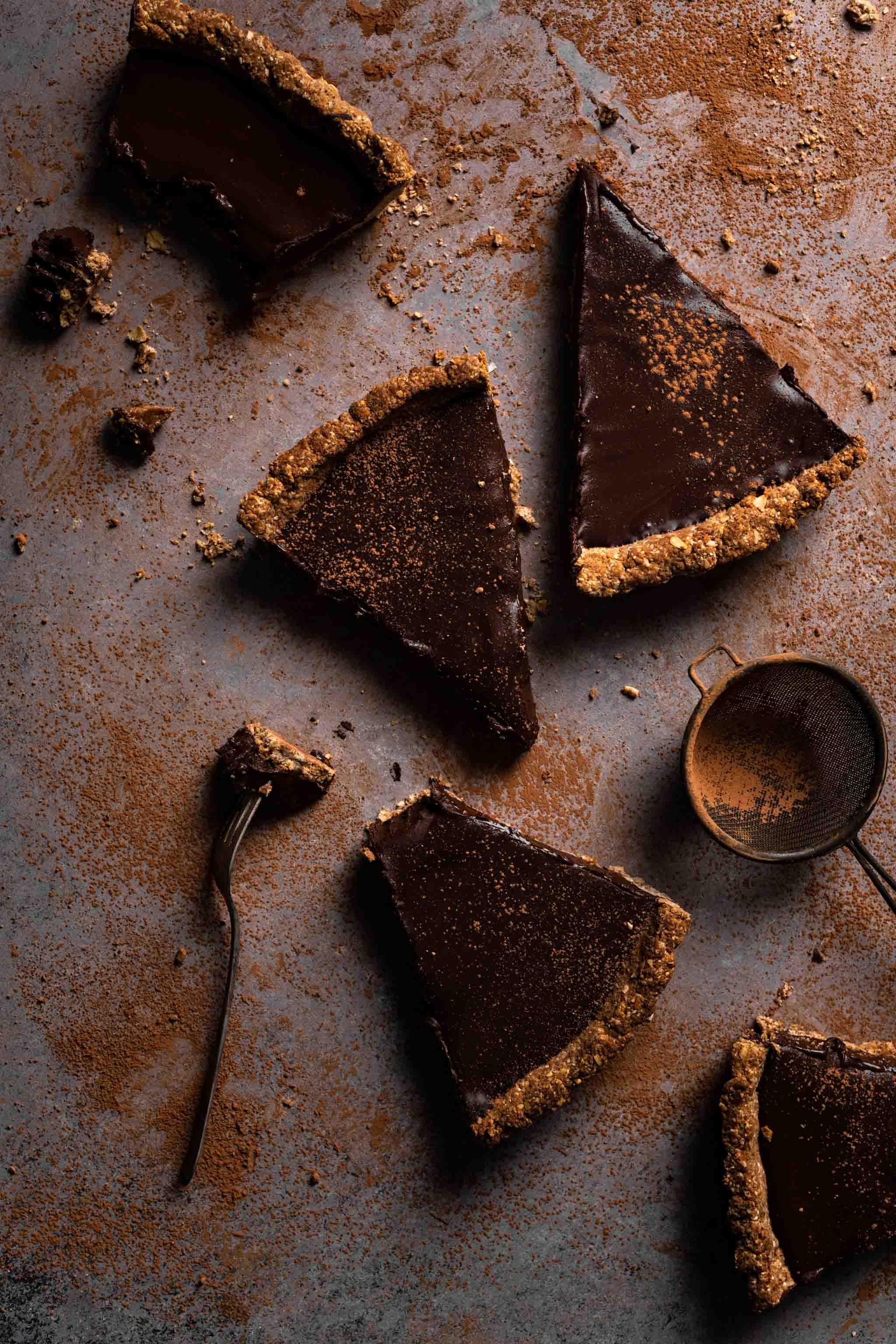 Gluten Free and Vegan Chocolate Tart with chocolate ganache