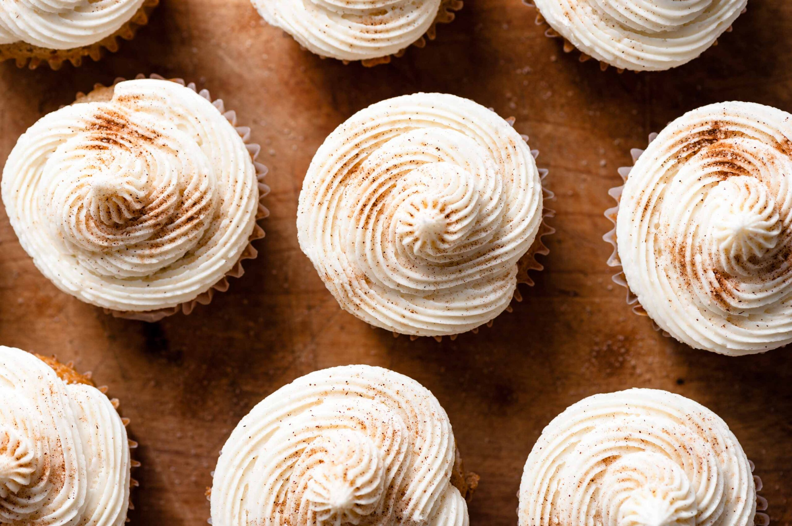 Maple Vanilla Buttercream Cupcake Frosting on Apple Pie CUpcakes