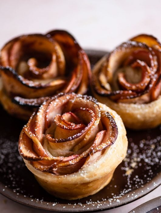 Baked Apple Roses with homemade puff pastry and honey
