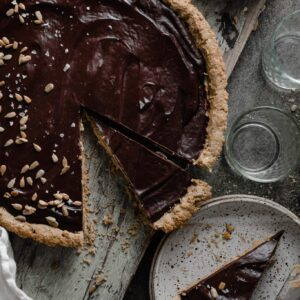 Recipe for Sunflower Butter Chocolate Tart with toasted sunflower seeds.