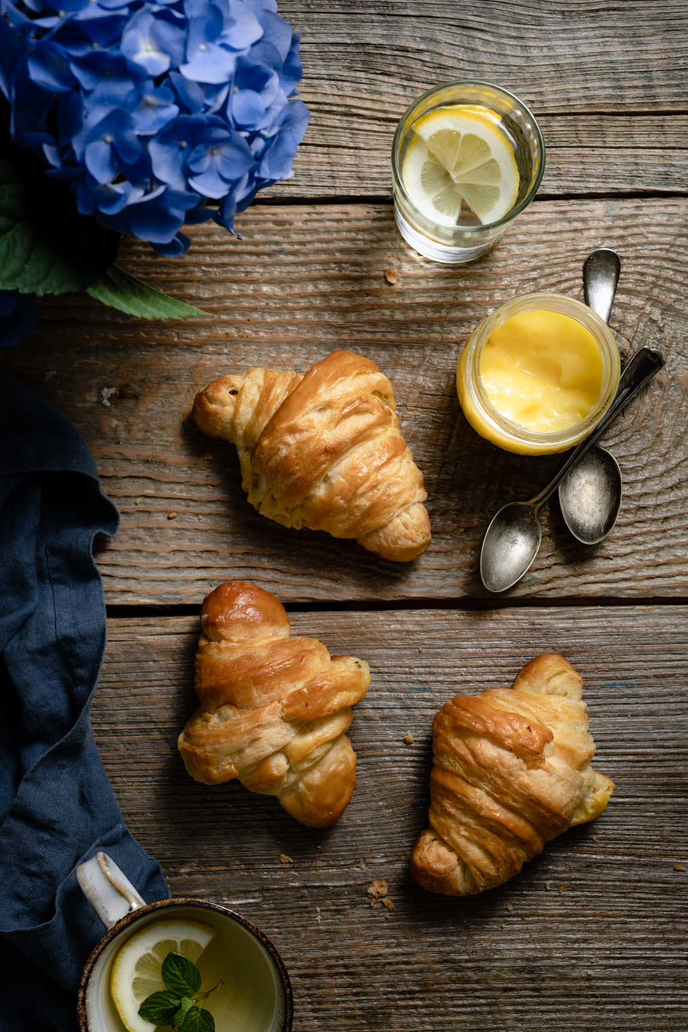 How to make croissants from scratch.