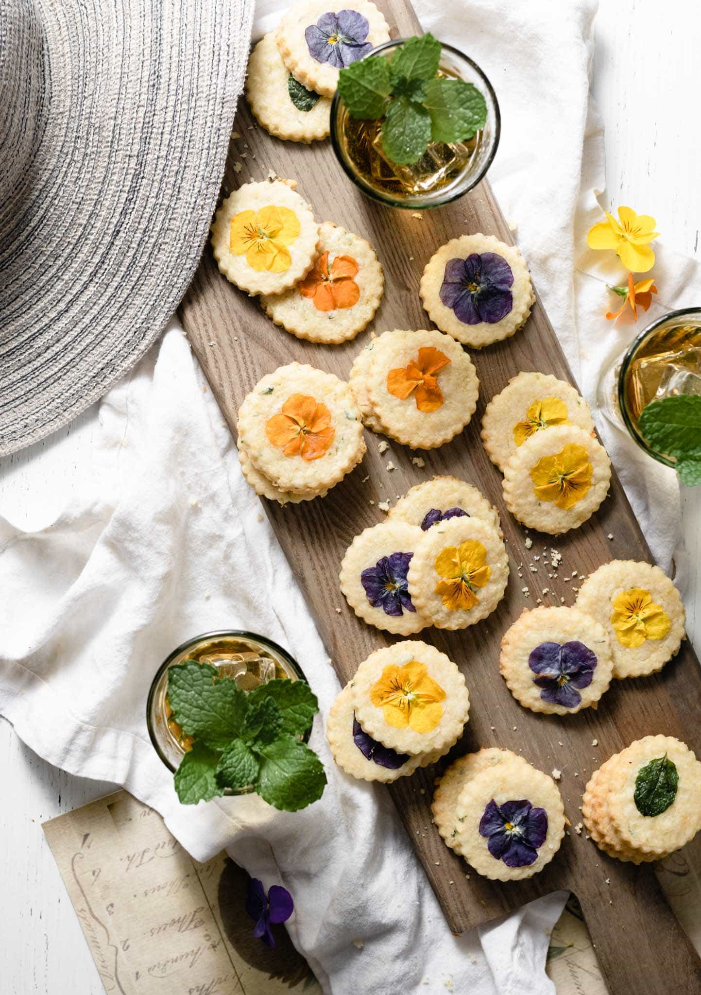 Summer cookie recipe with edible flowers.